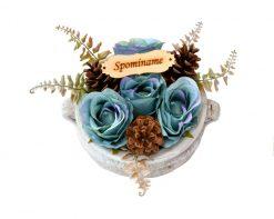 Aranžmán Spomíname 4 ruže a šišky Ø25cm 0,7kg azúrový