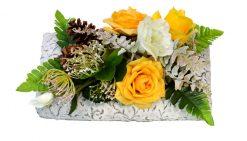 Aranžmán Ruže s vresom a šiškami 33*20cm 1,9kg žltý